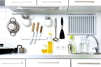 まな板や包丁などの調理器具など